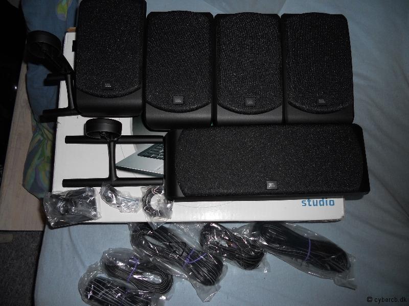 JBL SCS200.5 Speakers  Speakers